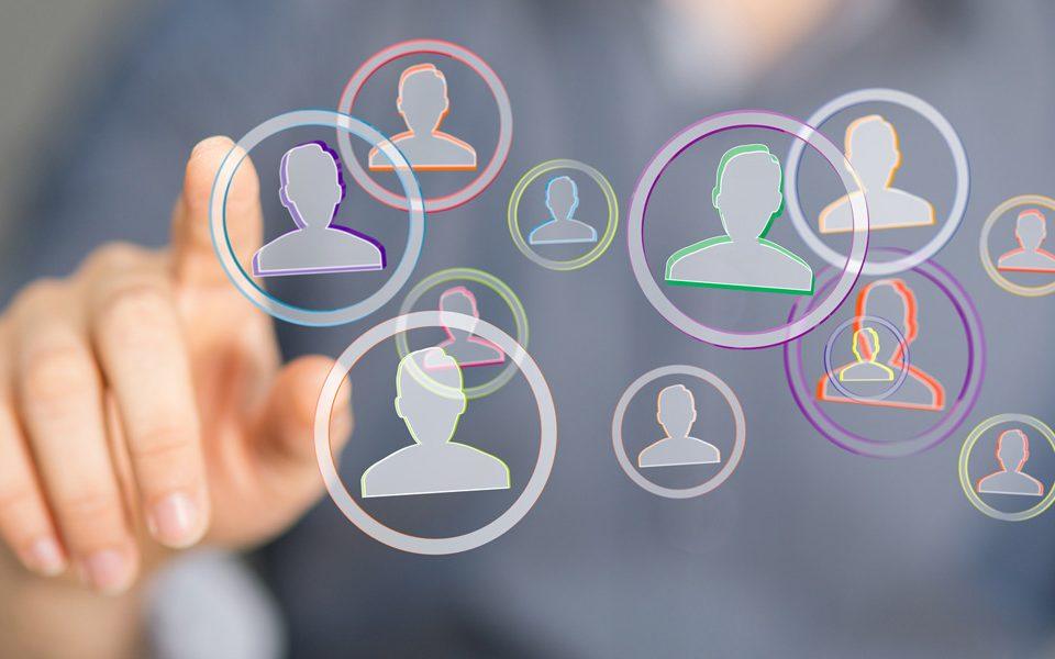 Virtuelle Teams führen: Verantwortung abgeben, fluid führen