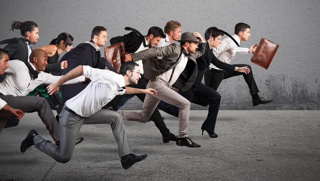 In zehn Schritten Mitarbeiter zum Projekterfolg coachen