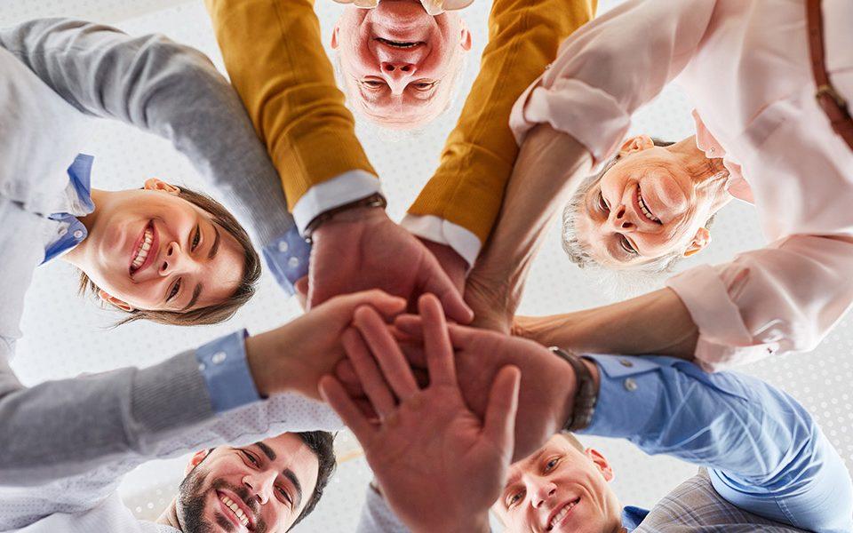 Bauen Sie zu allen Mitarbeitern konstruktive Beziehungen auf